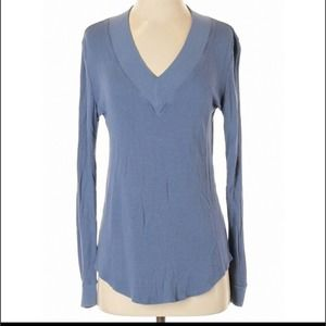 XS/Small feel the piece blue v-neck sweater